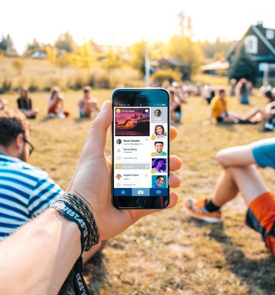 Find friends in UK ZINGR app